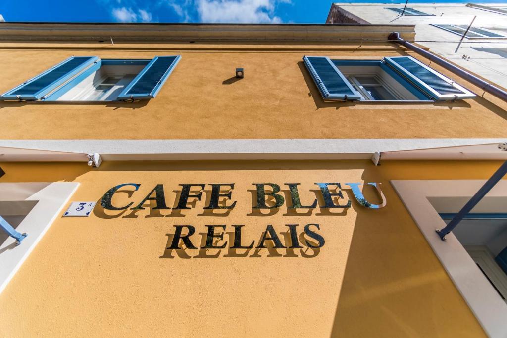 Cafe Bleu Relais img3