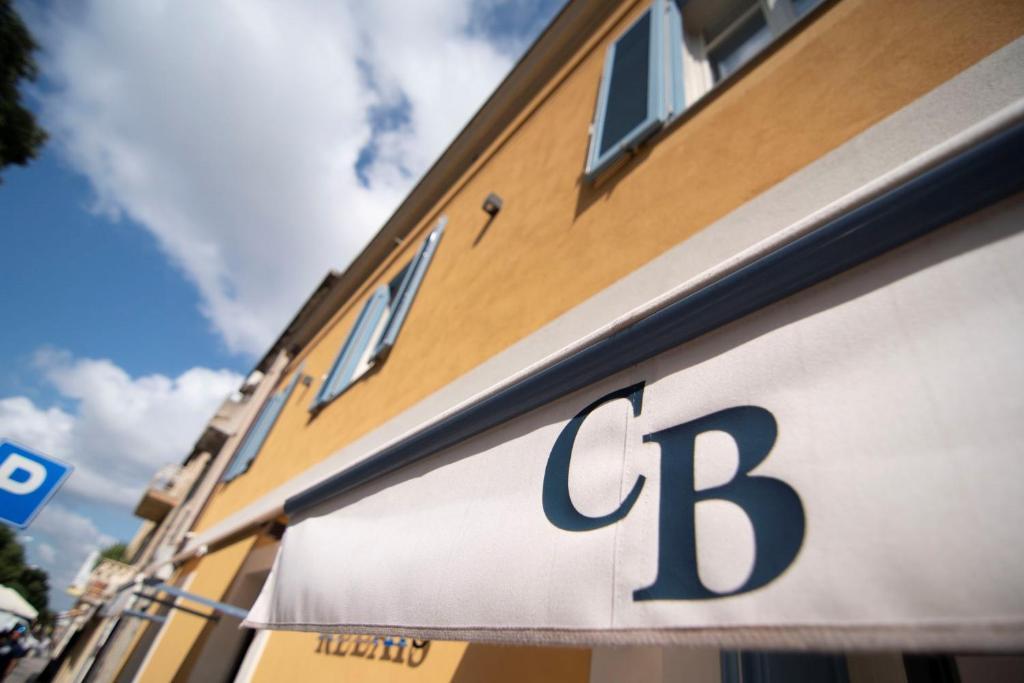 Cafe Bleu Relais img2