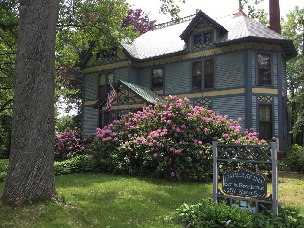 Amherst Inn