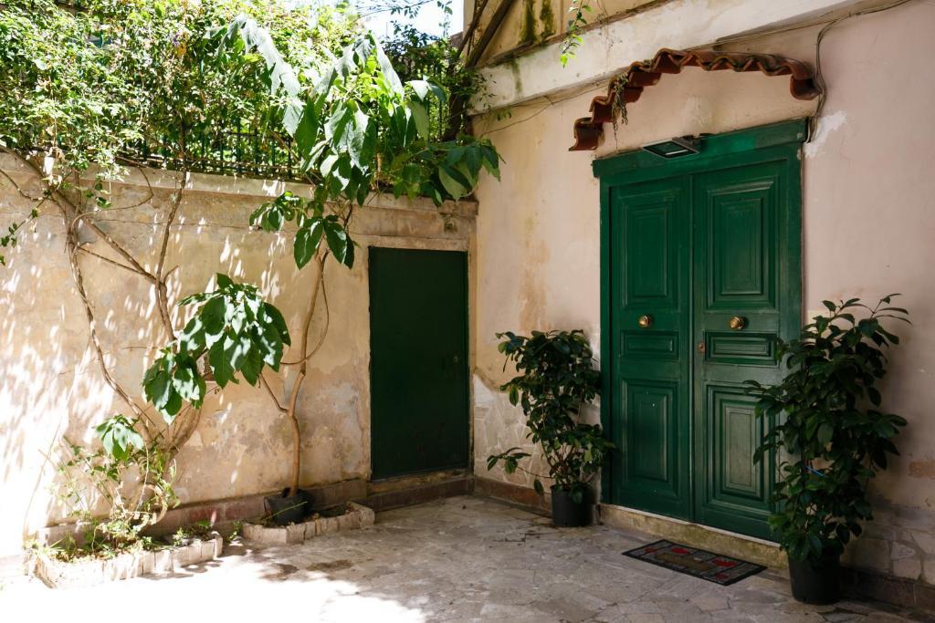 KHORA - Appartamento Chiaia
