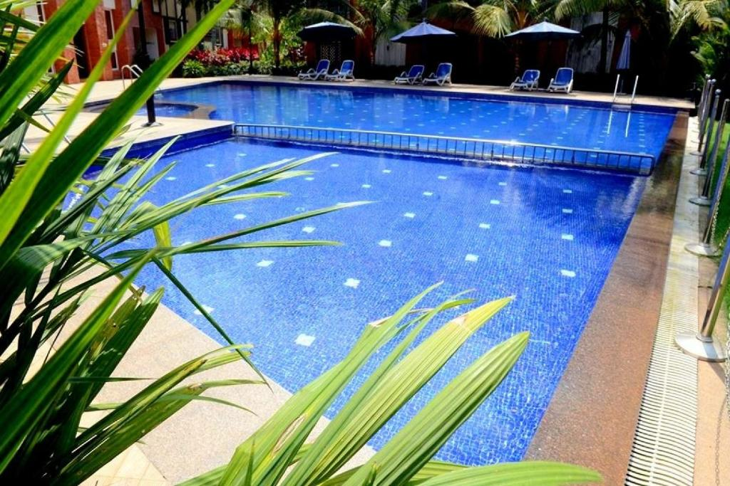 Apartment with pool in Arpora, Goa, by GuestHouser 62100