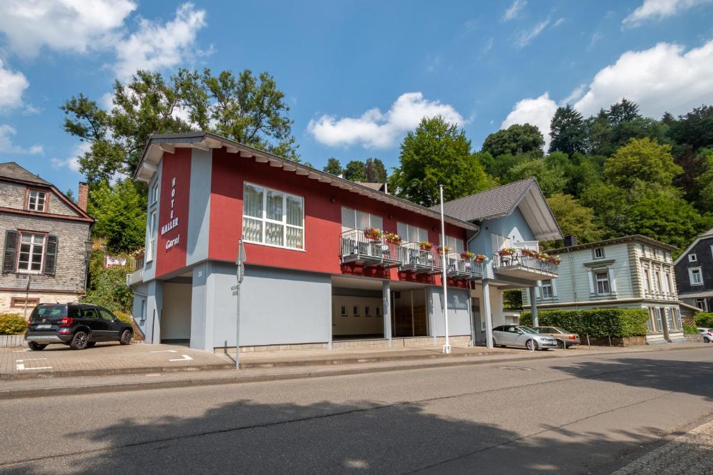 Haller hotel garni monschau informationen und for Moderne hotels nrw