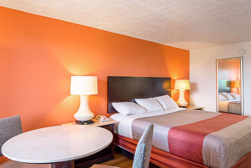 Hotel Rooms In Ocean View Norfolk Va