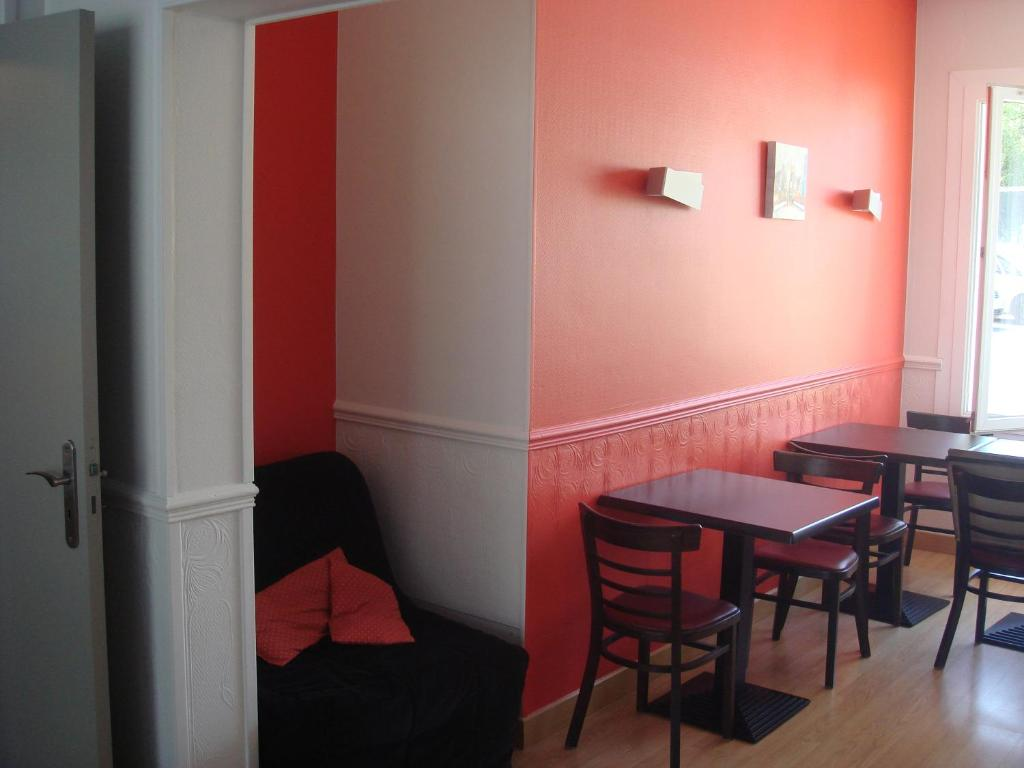 Restaurant Rue De Falaise Caen