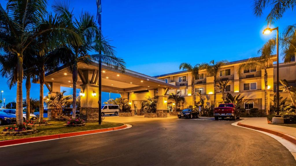 Best Western Plus Marina Gateway Hotel