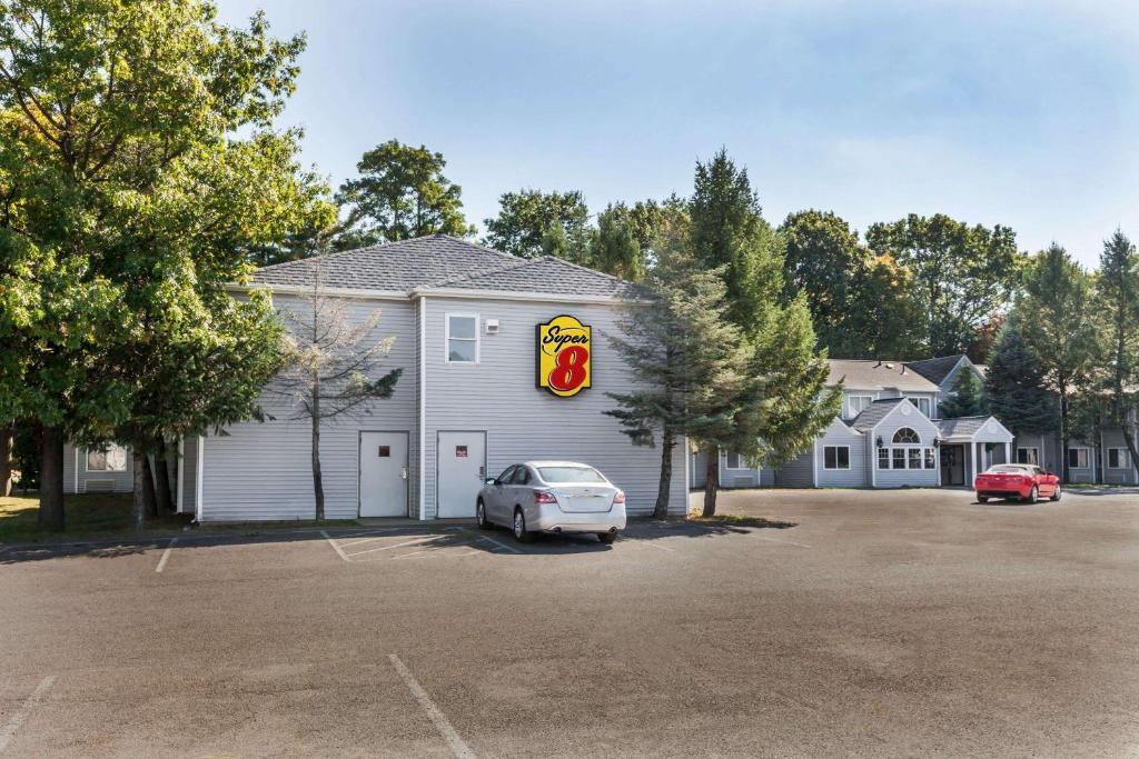 Super 8 by Wyndham Schenectady/Albany Area