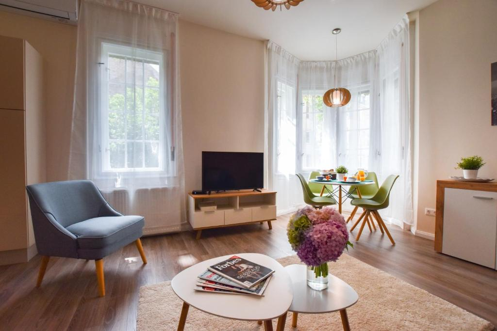 Christine Apartment close to the Buda Castle