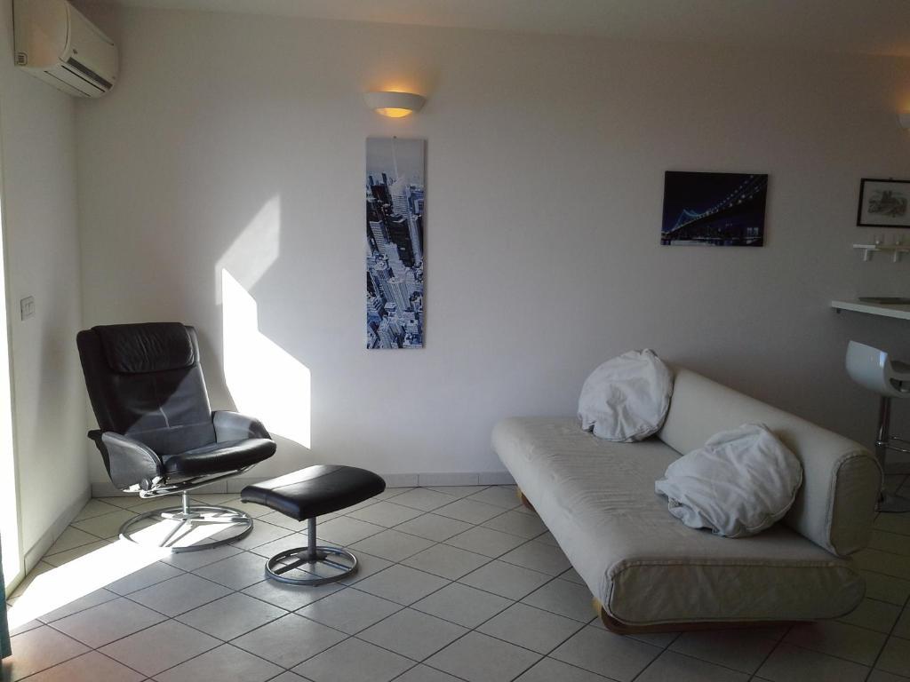 Appartamento Elegante E Panoramico Con Splendida Vista Mare img2