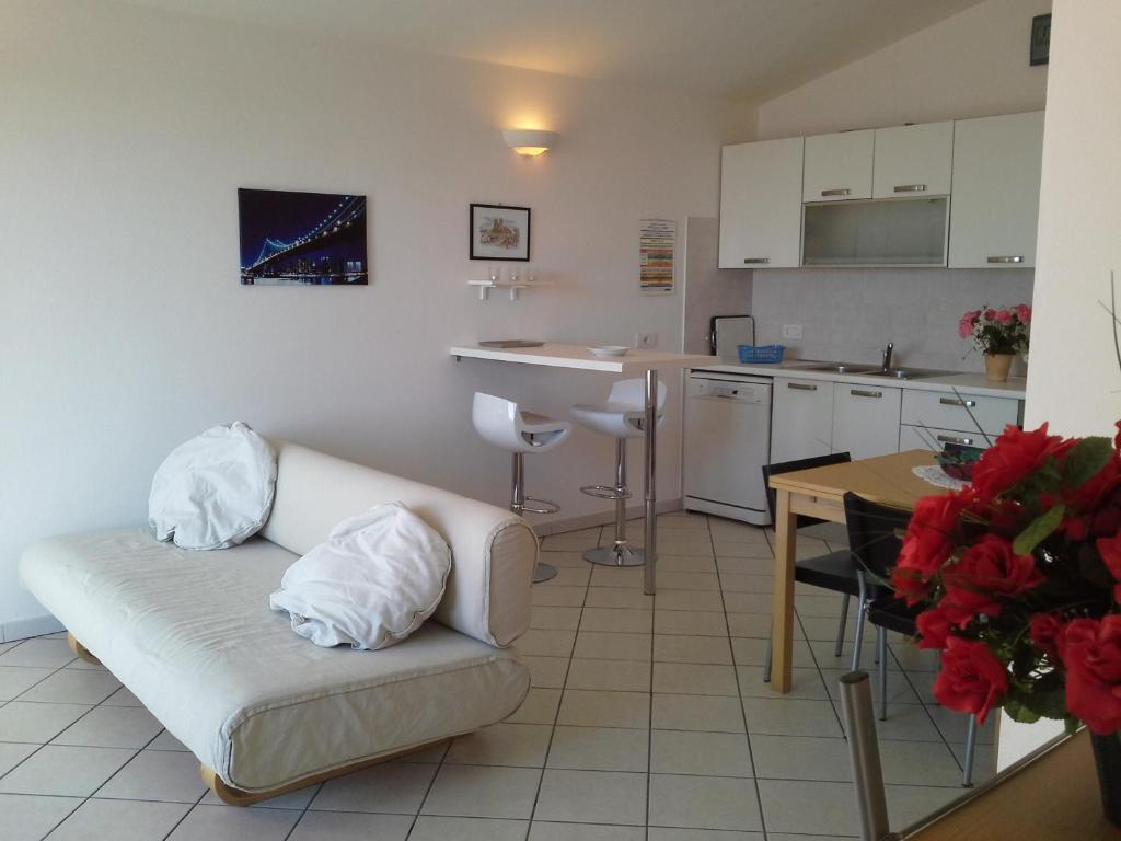 Appartamento Elegante E Panoramico Con Splendida Vista Mare img6
