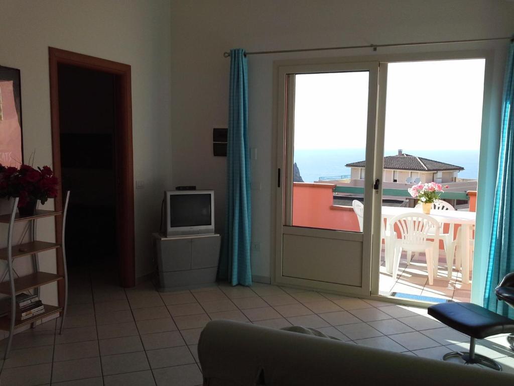 Appartamento Elegante E Panoramico Con Splendida Vista Mare img7