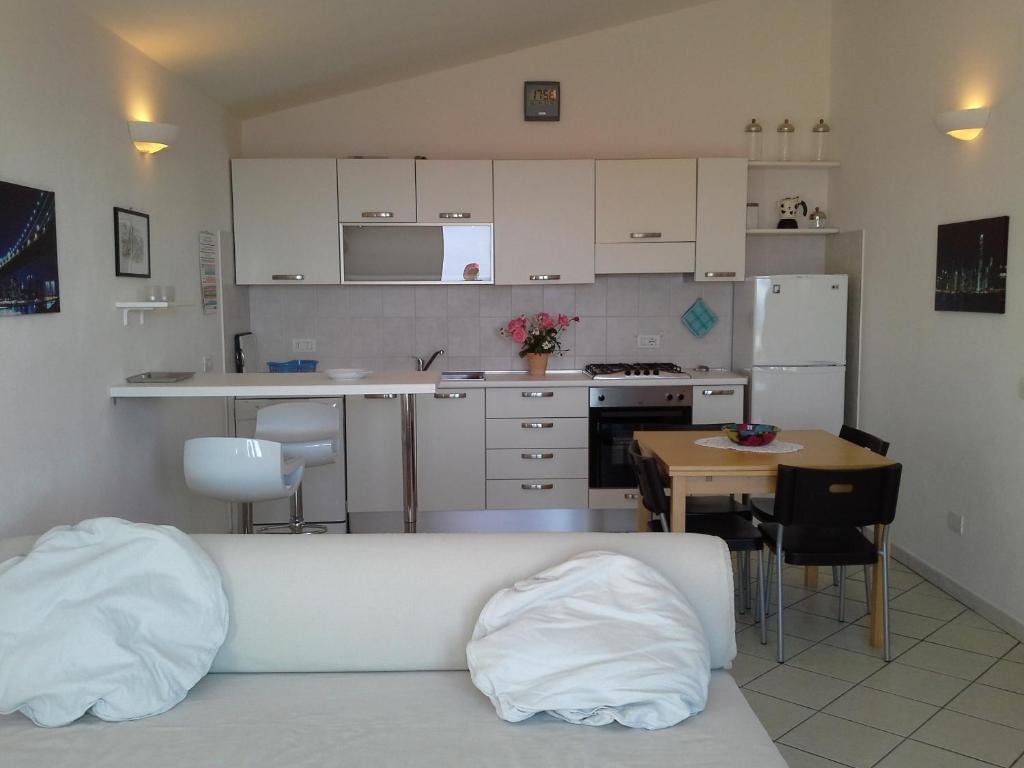 Appartamento Elegante E Panoramico Con Splendida Vista Mare img9