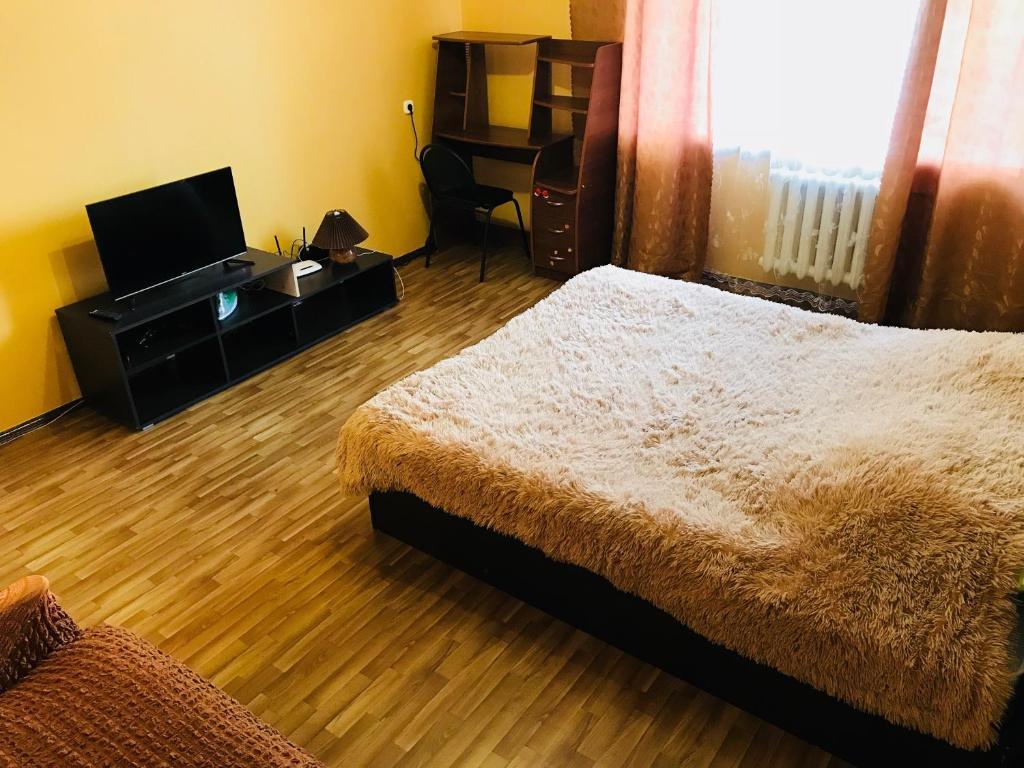 Апартаменты на 40 лет Октября, 14 5этаж