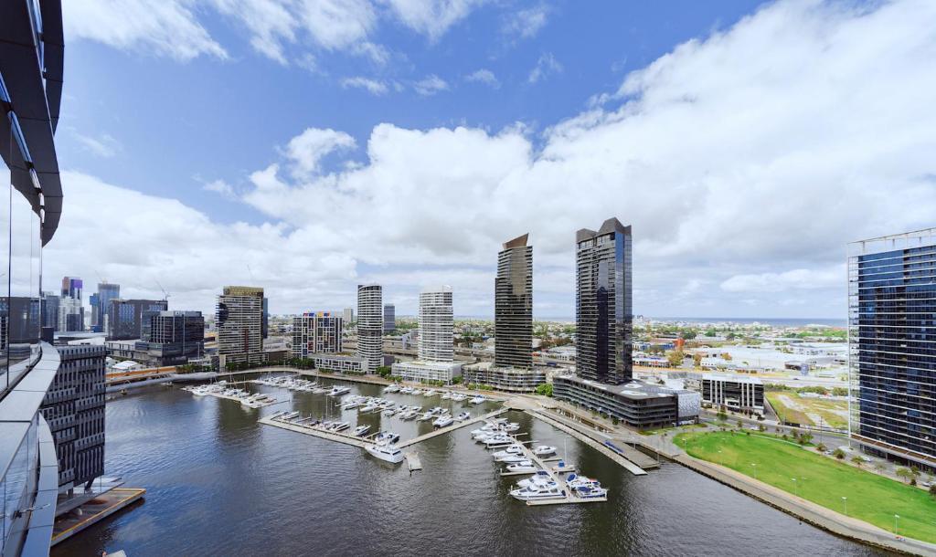 Brilliant Victoria Harbour Waterfront
