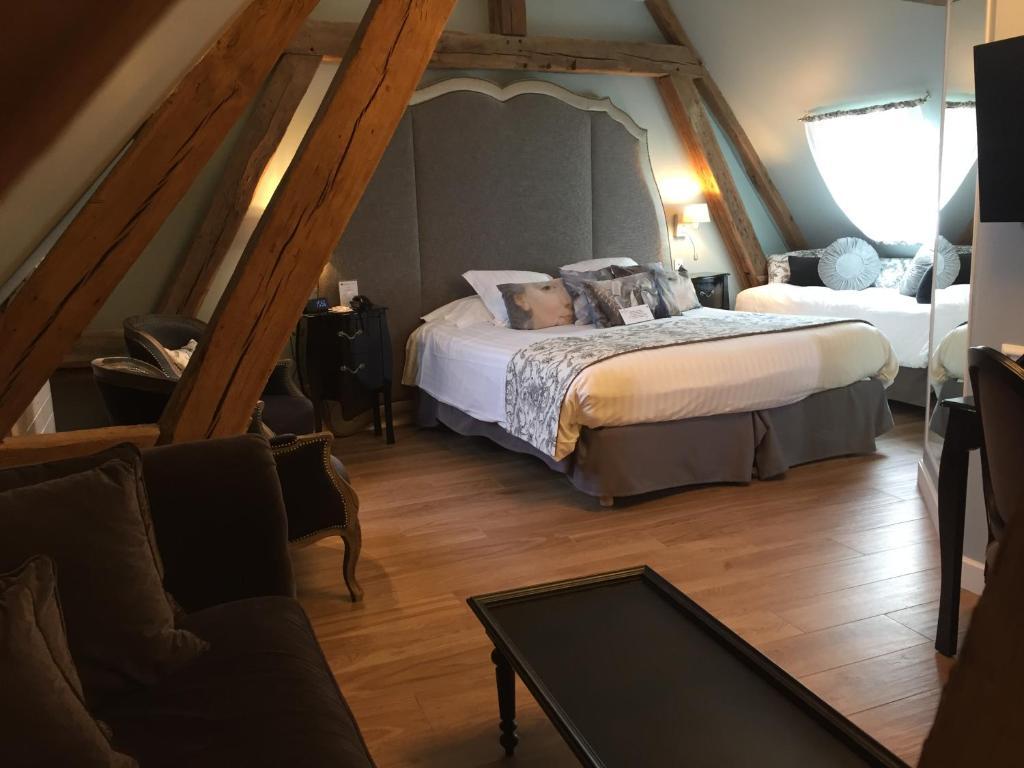 best western premier grand monarque hotel spa chartres informationen und buchungen online. Black Bedroom Furniture Sets. Home Design Ideas