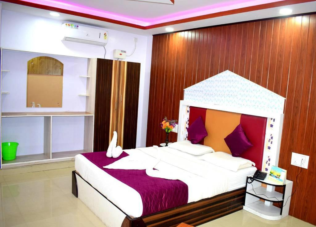 lowest price a25d4 fe3b8 Book Rooms with 1 king size bedded + 2 single Cart Beds + AC ...