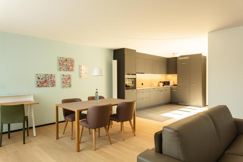 EMA House Serviced Apartments Superior Downtown