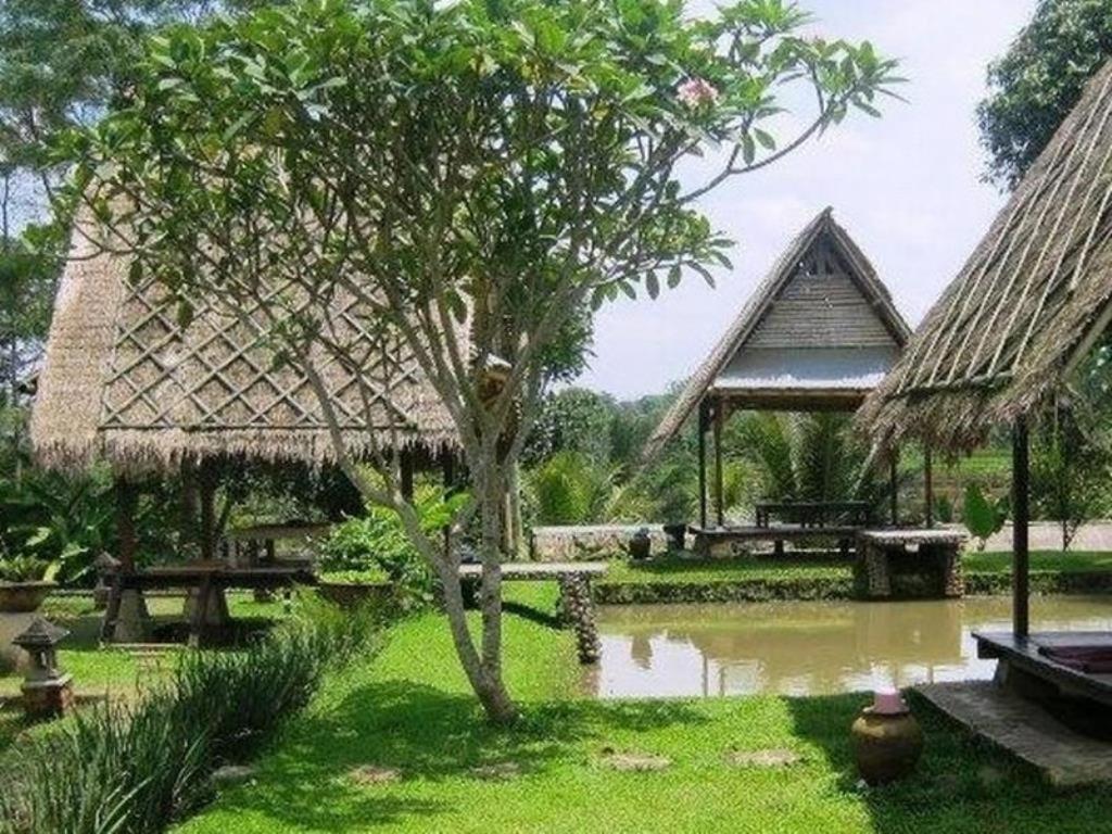 Book Villa Berbagi Indah In Cikampek Indonesia 2018 Promos