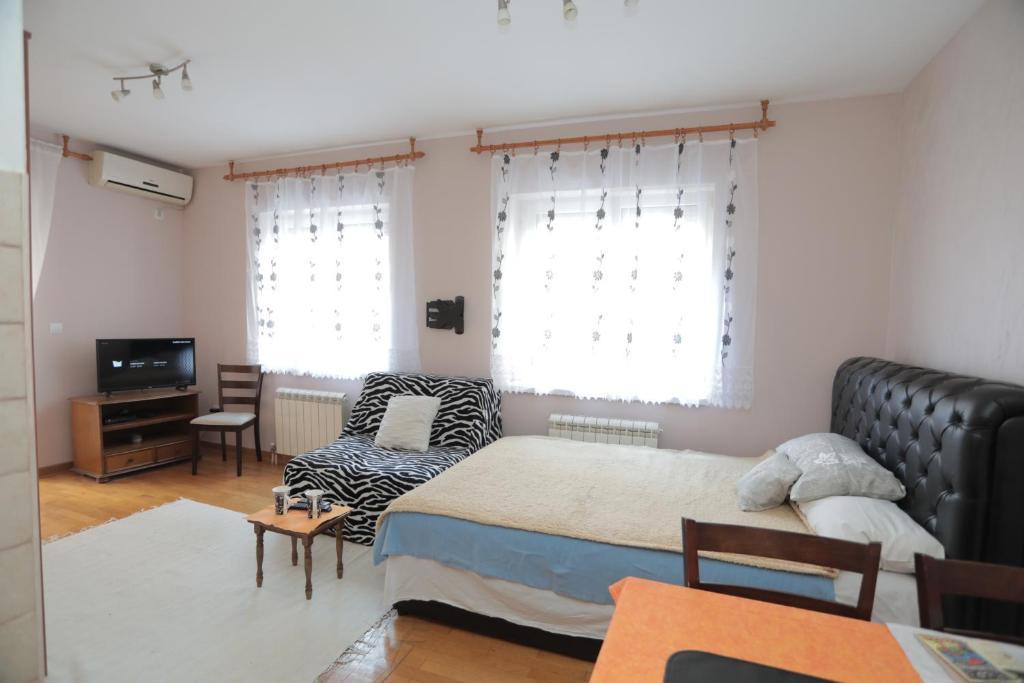 Apartments Leon