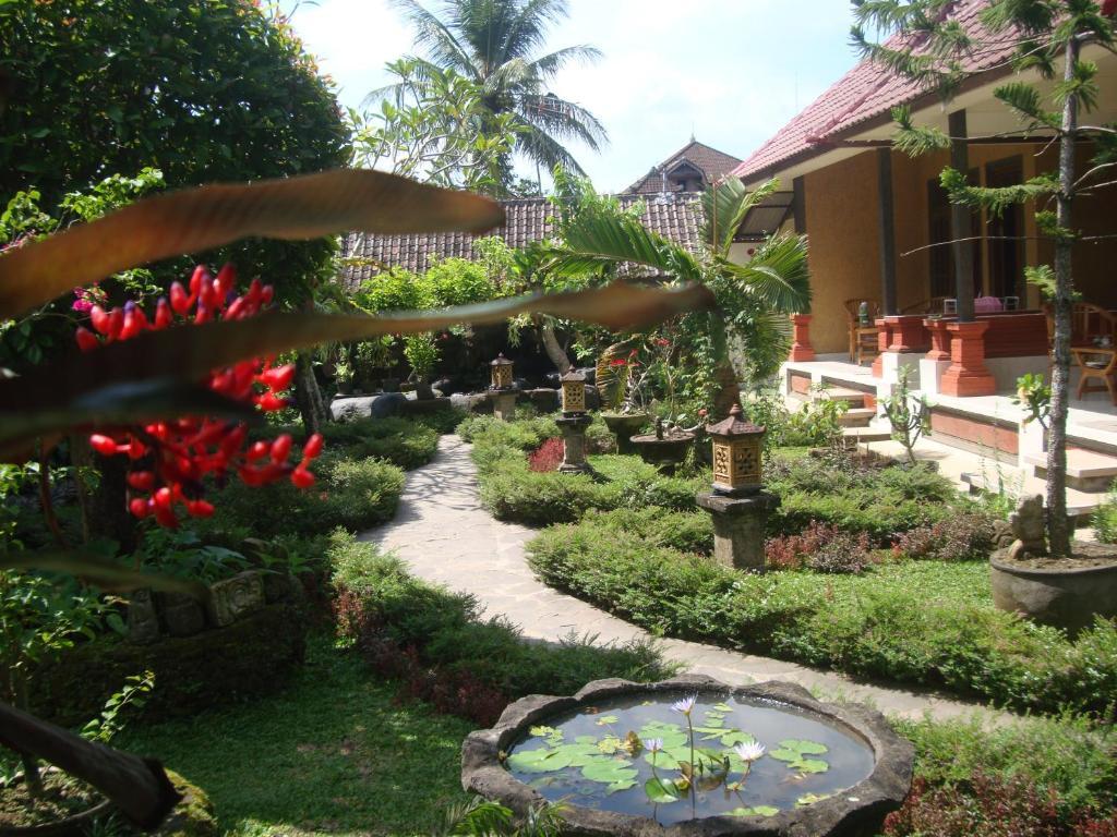 Gusti Home Stay Ubud