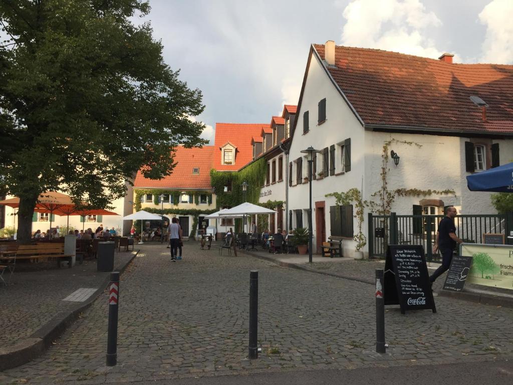Saarlogis Ferienwohnungen Haus St Arnual Saarbrücken
