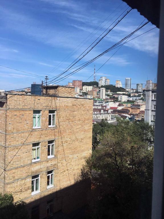 Apartment on Posyetskaya 40