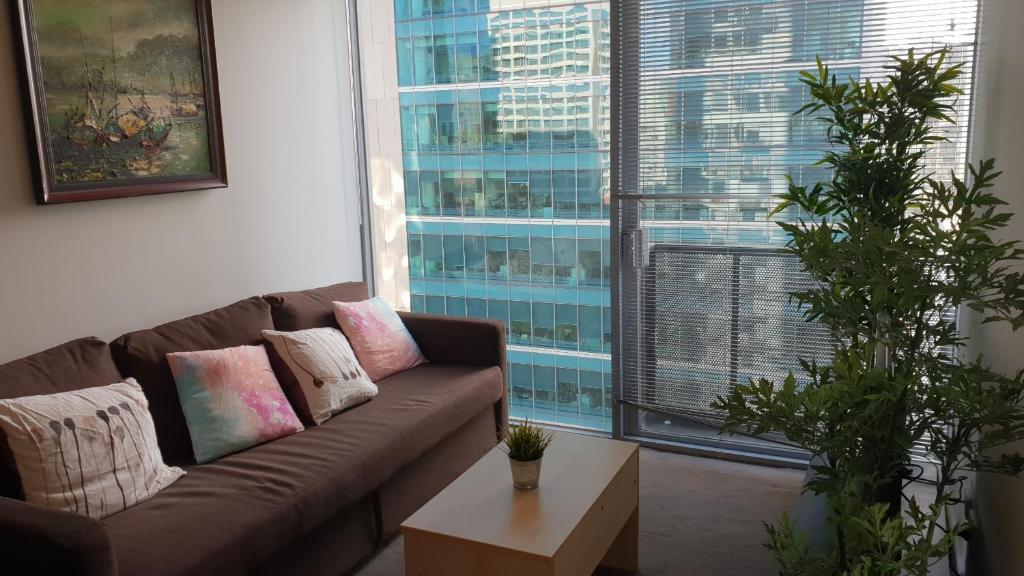 2 bedrooms CBD FREE Tram apartment (Melb Central, China Town, Queen Victoria Market, Melbourne University, RMIT, etc)