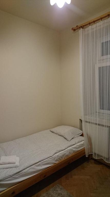 noclegi Kraków Single room-just 4 minutes from Main Market Square