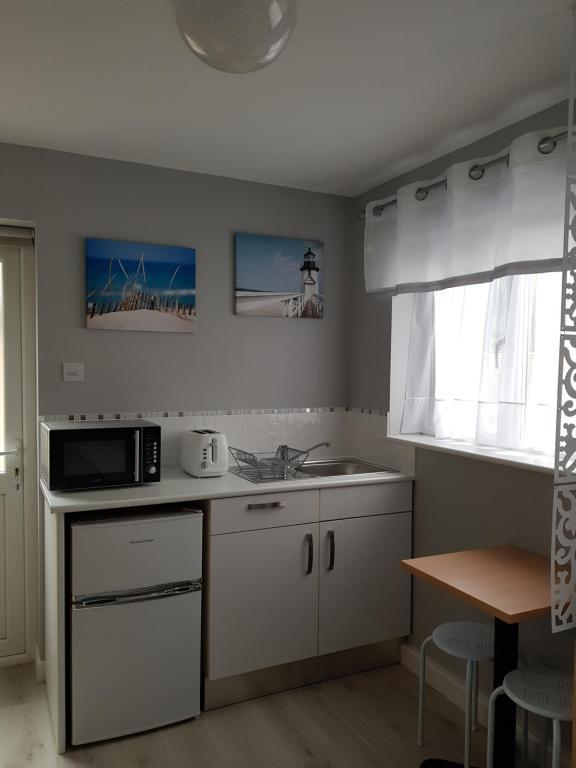 J Kitchen New Milton Menu