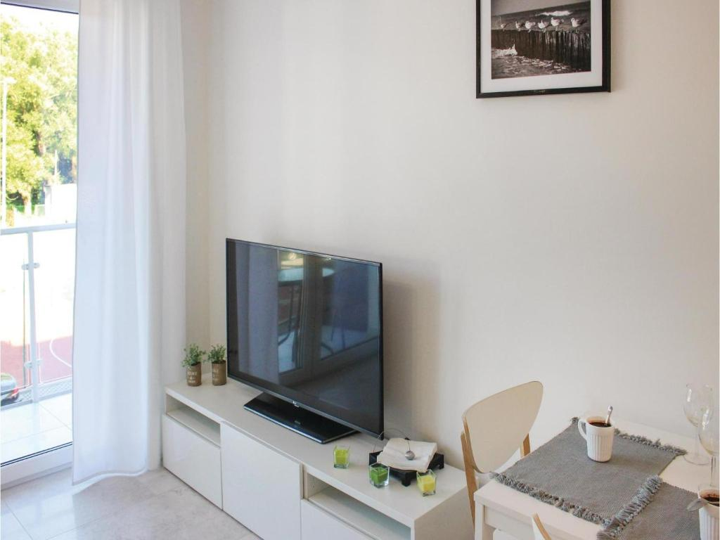 One-Bedroom Apartment in Dziwnow