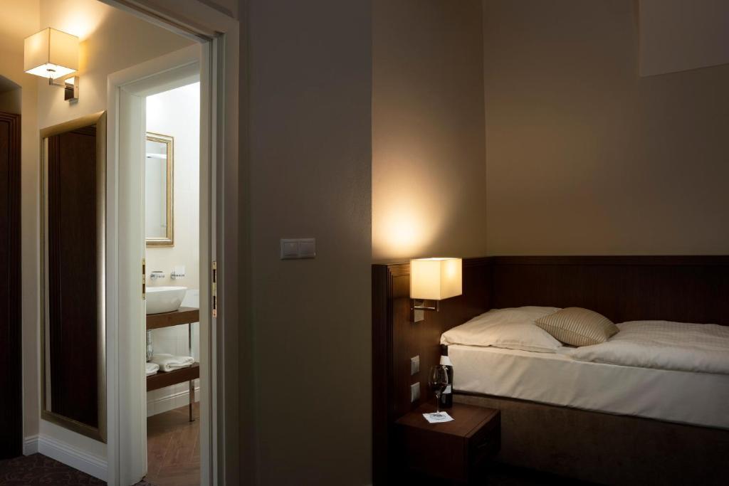 9b8608d66 Hotel Ambassador in Kosice - Room Deals, Photos & Reviews