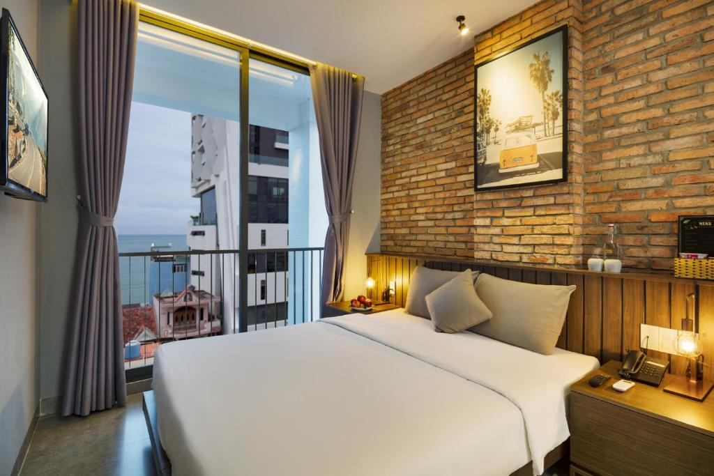 4bf9aff85f Marilyn Boutique Hotel in Nha Trang - Room Deals