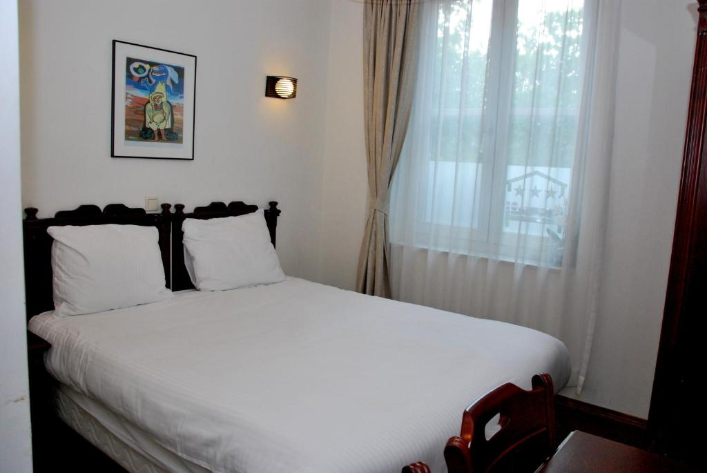 Standard Double or Twin Room Hotel Keistad