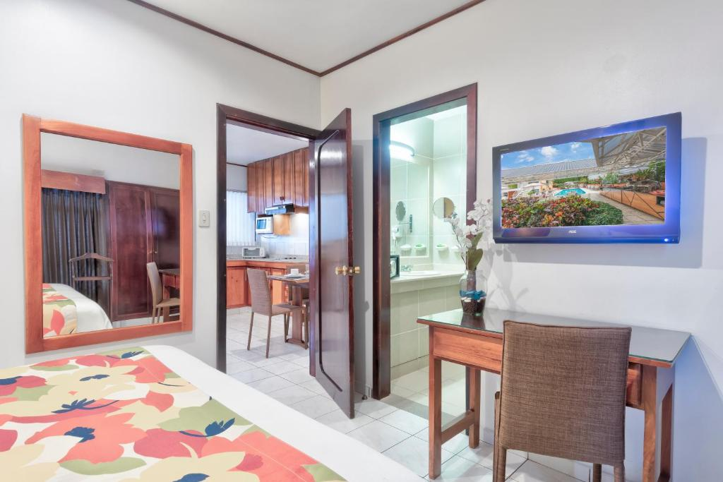 Standard Suite Hotel Residence Inn Suites Cristina