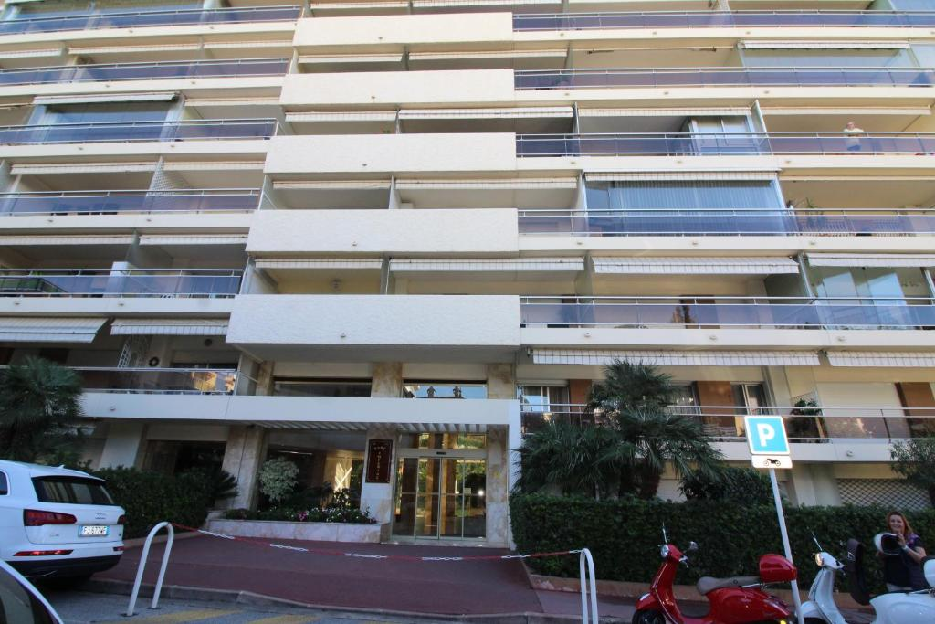 Nice Booking Cannes PARC IMPERIAL