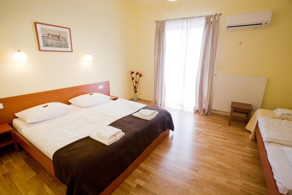 Alo Apartments Vila Klara