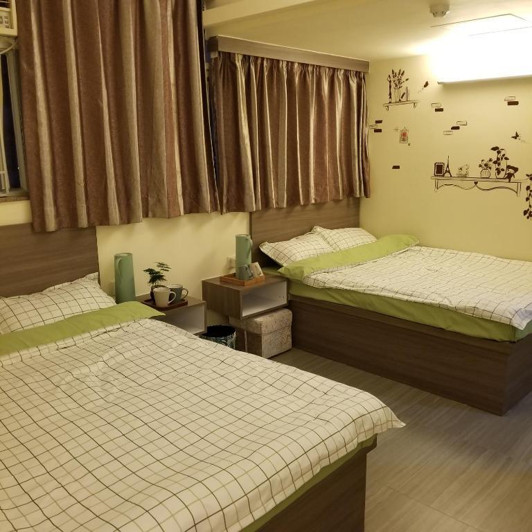 New Golden Crown Guest House Guesthouse In Hong Kong Hong