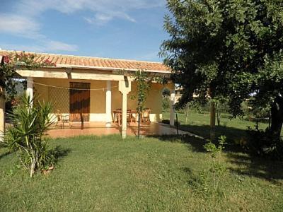 Tertenia Villa Sleeps 2 bild7
