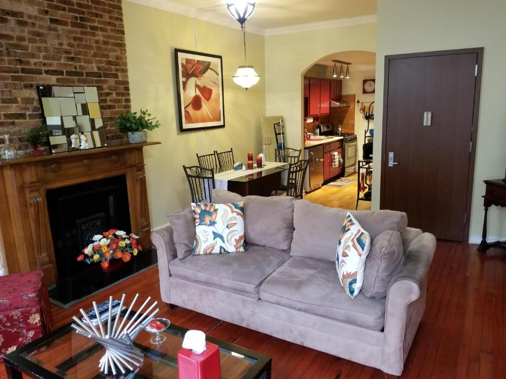 Spacious Fully Furnished Harlem Apartment Near Morningside Park