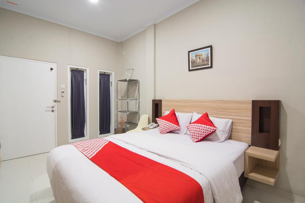 OYO 195 Stay @H Residence