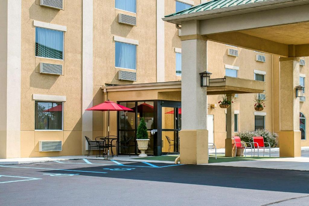 Comfort Inn & Suites Wilkes Barre - Arena
