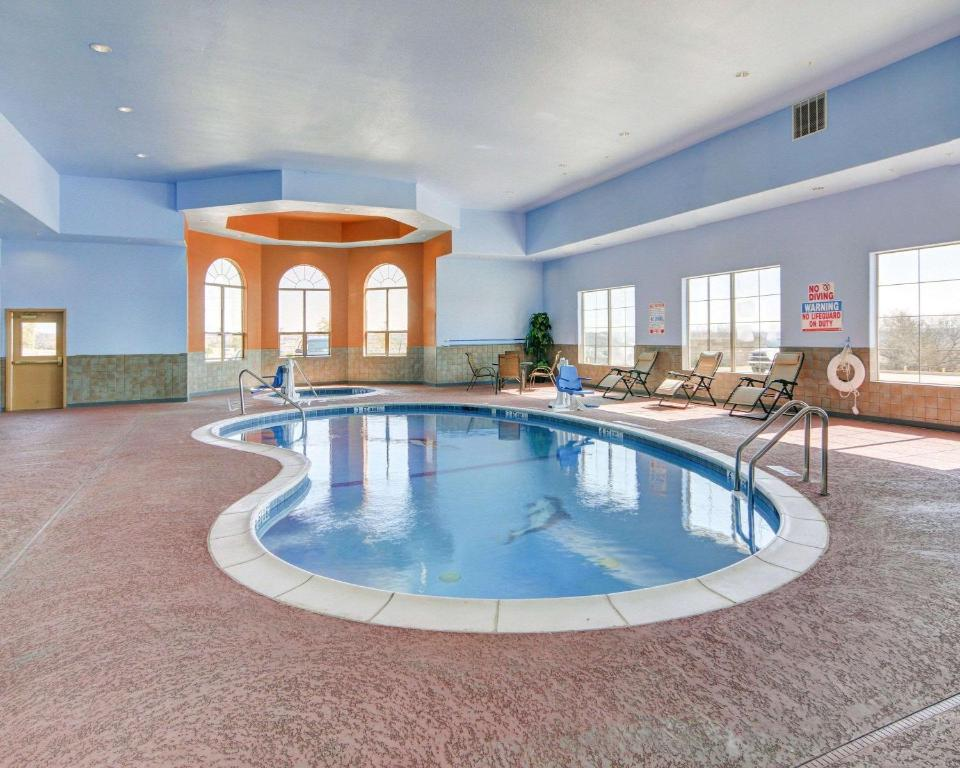 Comfort Suites - Lake Worth