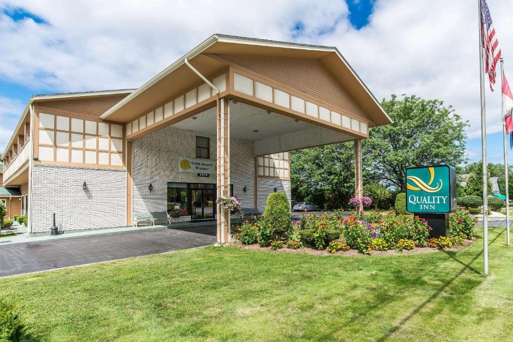 Quality Inn Shelburne - Burlington