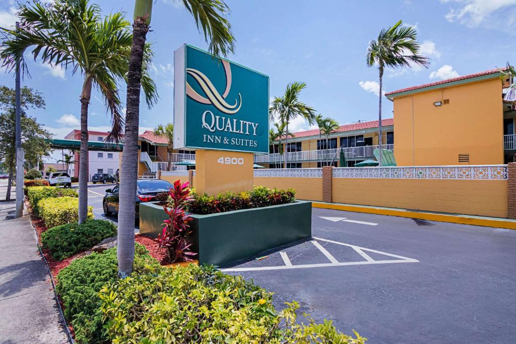 Quality Inn & Suites Airport - Cruise Port Hollywood