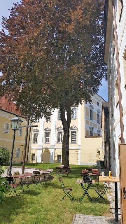Austria Dating App Melk, Frau Sucht Paare Wien Floridsdorf