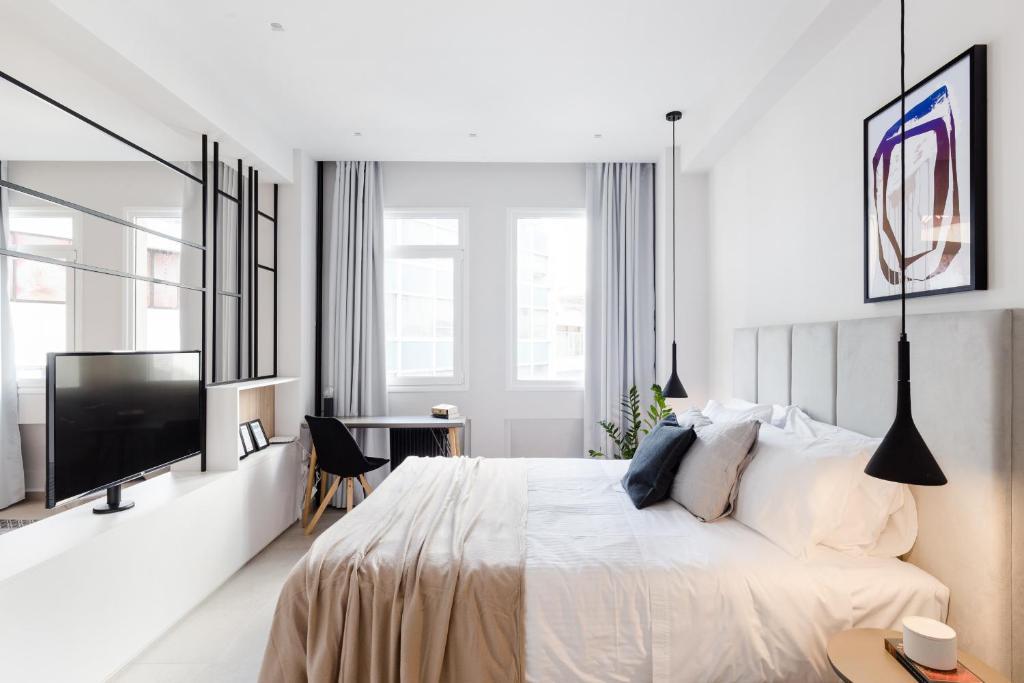 Luxury Apartments in Plaka by UPSTREET