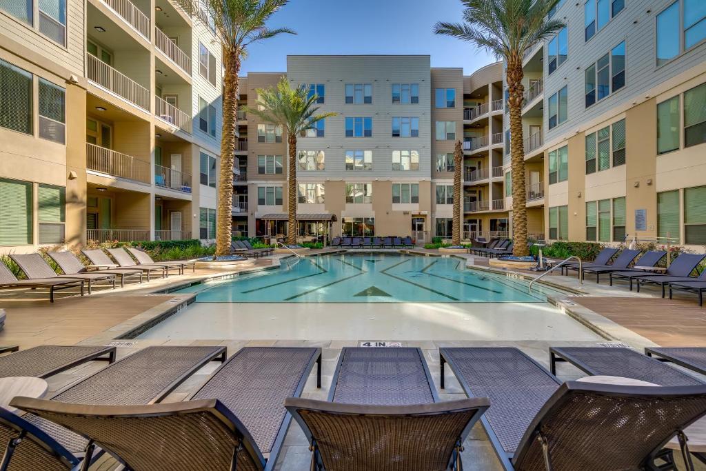 Kasa Houston River Oaks Apartments
