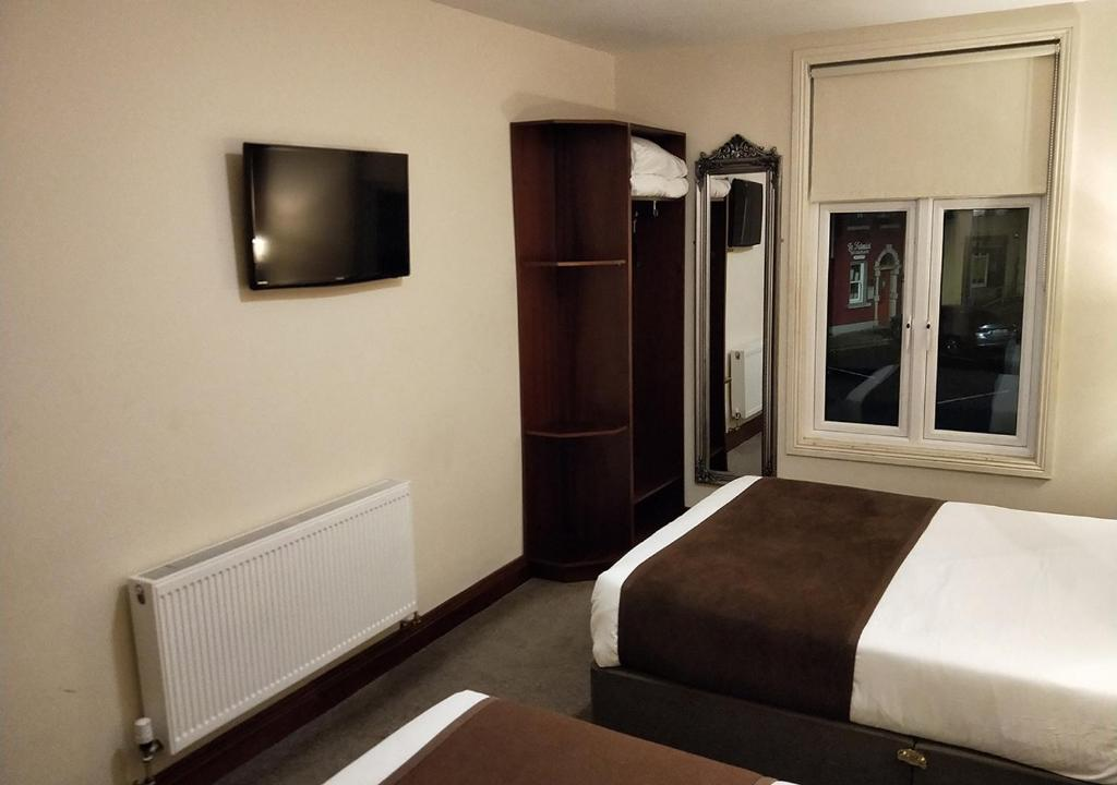 Triple Room Ewings Bar & Accommodation