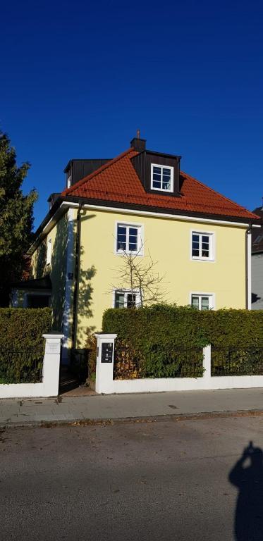 Helle und ruhige Dachgeschosswohnung