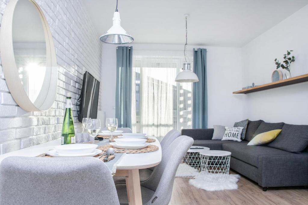 Dwupokojowy Apartament Z Sypialnią I Tarasem Apartment In