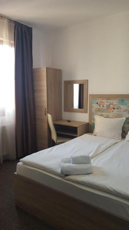 Budget Double Room Priyateli